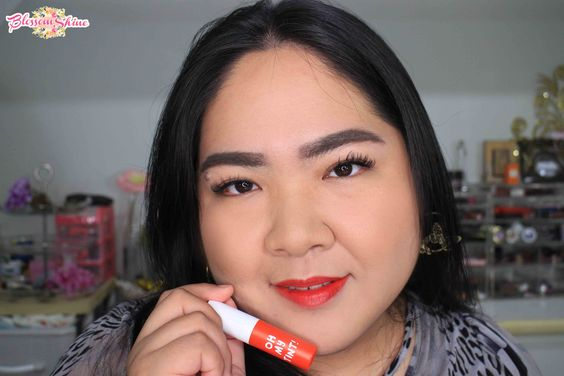 Lip Swatch Oh! My Tint shade Orange Pop