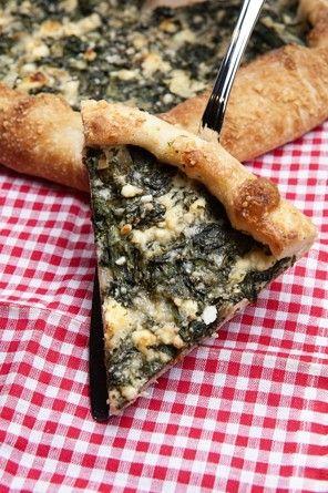 spinach and feta crostata (healthy spanakopita):