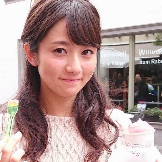 アイスを食べる木村文乃