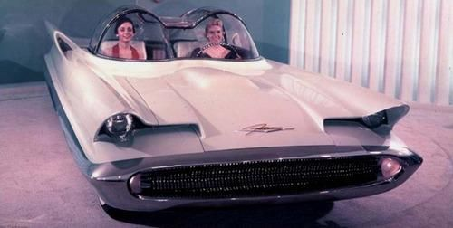 1955 Lincoln Futura Concept. Later served as an inspiration for the Batmobile.