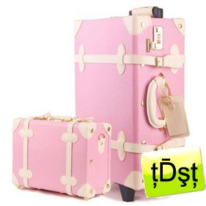 Pink faux leather luggage set | luggage | Pinterest | Set of ...