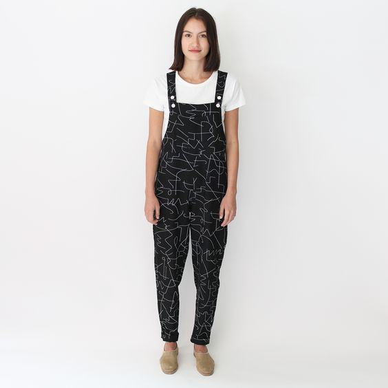 black-wire-linen-overall.png