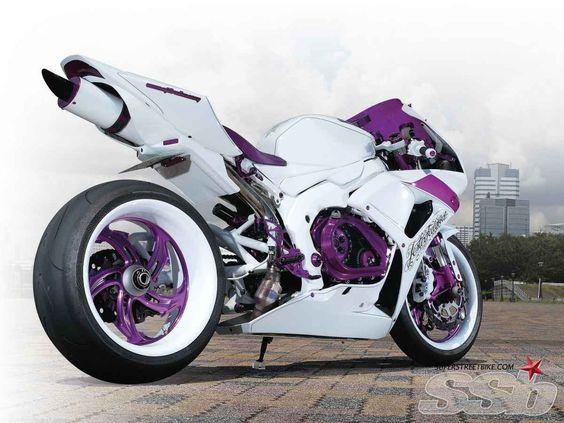 2007 Honda CBR1000RR | Pursuit Of Perfection | Super Streetbike