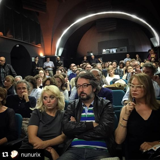 #Repost @nunurix  @foroartecaceres llena la sala de la Filmoteca #foroarte15 #meeting #artfair #caceres #art #spain