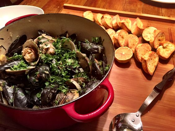 ... white wines clams fennel smoked bacon sauces cream mussels bacon wine