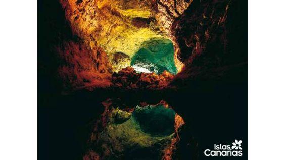 Cave - Cueva de los Verdes ~ Cultural holiday