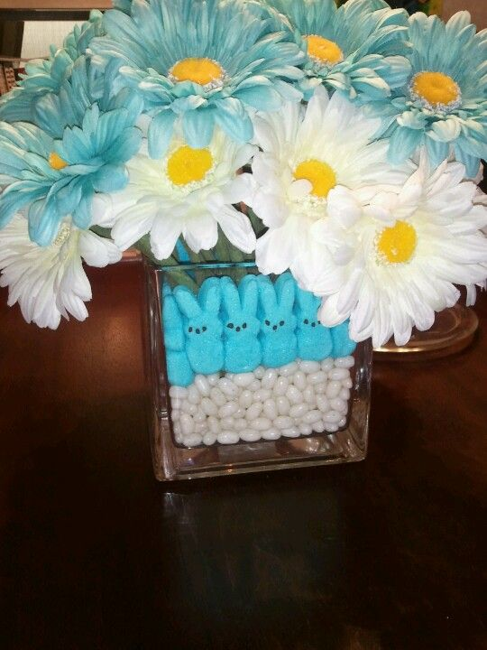 I made this for the babyshower this weekend!!!! My sister loved it!!! -Kristi