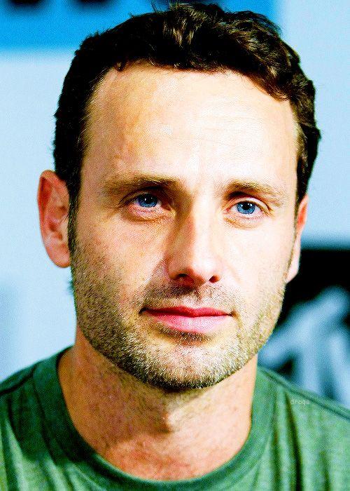 letsmaykethings: olhos Azuis * - * Aww Olha Adorável Aqui