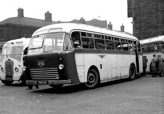 Leyland Royal Tiger - Windover body