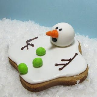how to make a melting snowman cookie: Christmas Food, Christmas Cookie, Melted Snowman Cookie, Party Idea, Cookie Idea