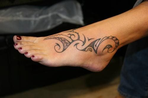 Maori tattoos for women de439b8ea864588315700c018a579b2d