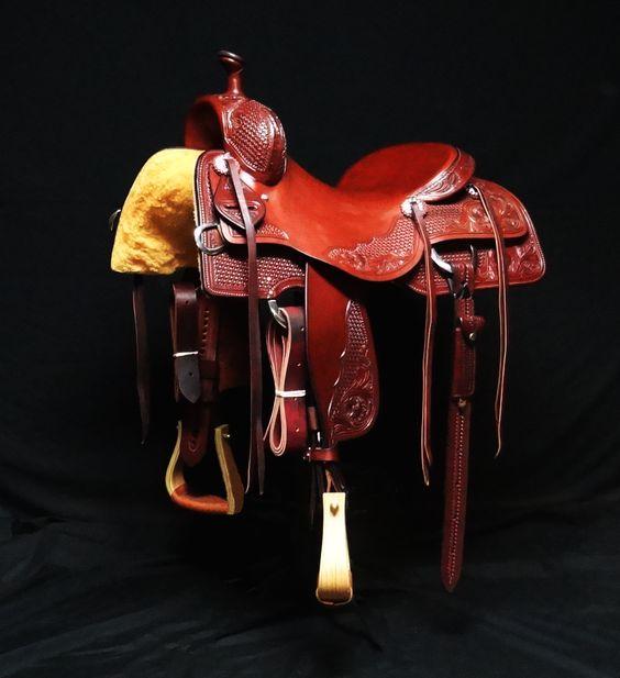 Cowhorse saddle