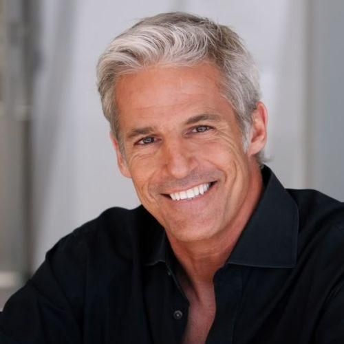 42 Hairstyles For Men With Silver And Grey Hair Men Hairstyles World Older Mens Hairstyles Grey Hair Men Silver Hair Men