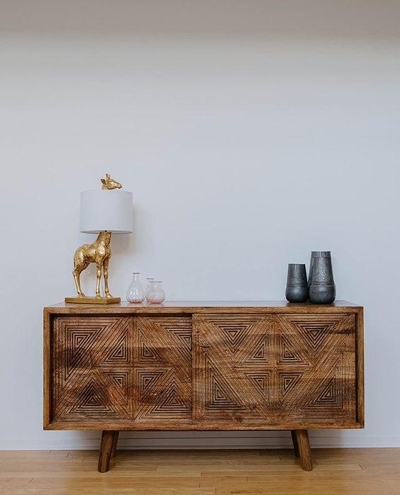A Cute Golden Giraffe Lamp