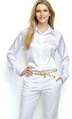 DIY Basic Woman's Shirt - FREE Sewing Pattern