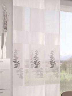 Halbtransparente Schiebegardine mit blickdichten Webstreifen und hellgrünen Blattmotiven. Gardinen-Outletcom