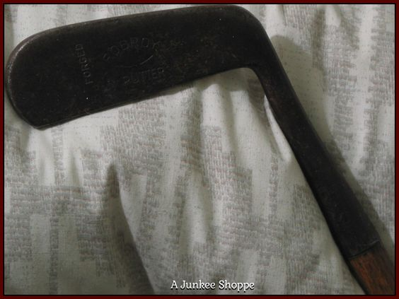 ROB ROY Hickory Wood Shaft Putter Antique Golf Club  IMG4505 http://ajunkeeshoppe.blogspot.com/