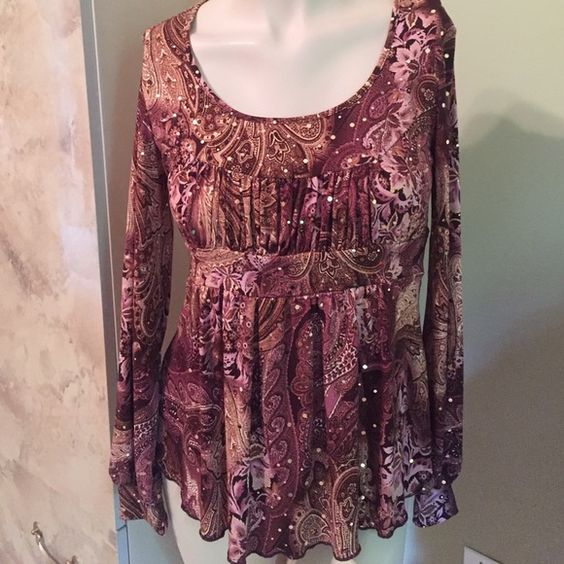 I.N.C BLOUSE SIZE S MAKE OFFER TODAY omen's Beautiful I.N.C. Blouse Excel. Cond. Worn Once. Material: Polyester/ Spandex Size S, 20% OFF BUNDLE OF 3 IN MY CLOSET, CHECK OUT OTHER ITEMS AND SAVE. OFFERS CONSIDERED ON EVERYTHING IN MY CLOSET Tops Blouses
