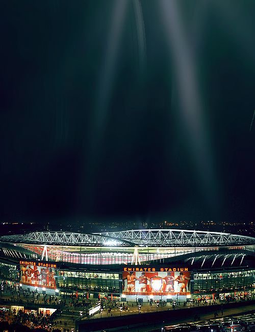 Emirates Stadium, home of Arsenal FC. I've always wanted to go to a Gunners game!
