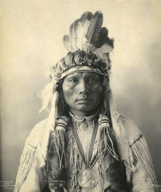 Three Fingers - Southern Cheyenne 1898 [AA]