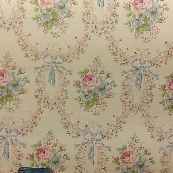 Vintage wallpaper Jenny Wren 1980's made in england storey  #Storeyshomeoverproduct