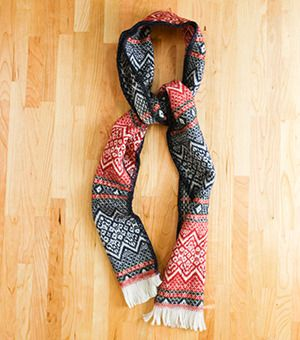 Nordic Scarf (Red/ Navy)