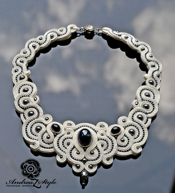 Black & white Soutache necklace: