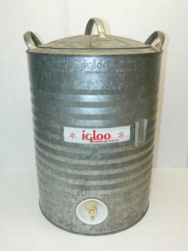 Coolers water coolers and to the on pinterest - Igloo vintage ...