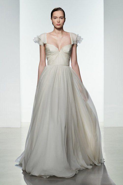 Vusale Dadashova Adli Kullanicinin Donlar Panosundaki Pin 2020 1920 Ler Gelinlik Gelin Stili Elbise Dugun