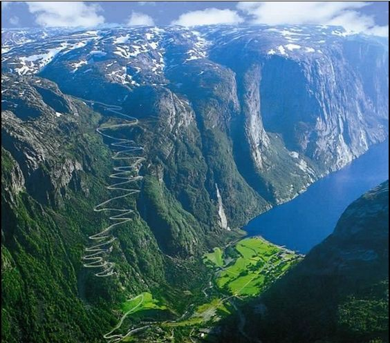 Belleza de Lysefjorden, Noruega