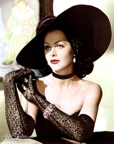 Hedy Lamarr love that hat!: