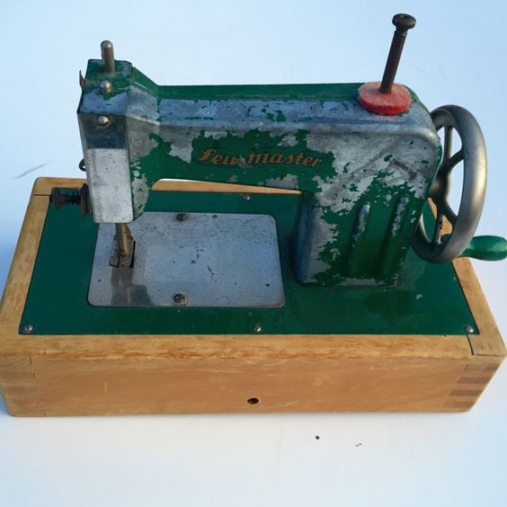 Vintage Sewmaster Green Toy Sewing Machine 1960s
