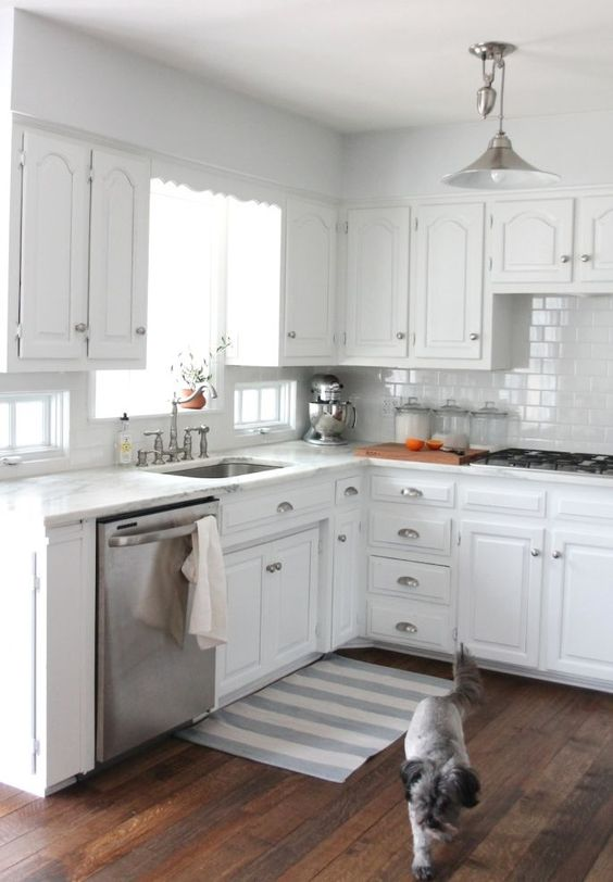 Best Classic White Kitchen Kitchens And Stainless Steel 400 x 300