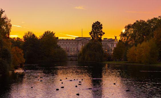 Buckingham Palace at S...