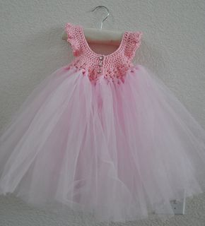 Free Crochet Tulle Dress Pattern : Robes de princesse, Robes en crochet and Tulle on Pinterest