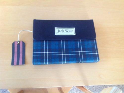 Jack wills ipad mini case https://t.co/8NvoEBB3R1 https://t.co/hNZkUHq9uc