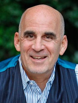 This interview is with Ted Rubin, social marketing strategist, speaker and author of the book Return on Relationship.
