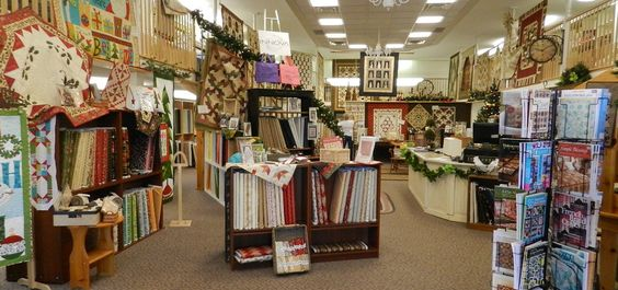The Quilting Bee, largest quilt shop in Ontario, Innova Longarm ... : online quilt shops - Adamdwight.com