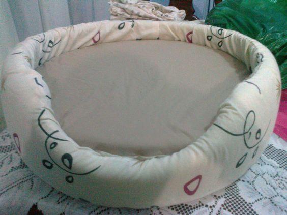 Reciclar y reutilzar llantas. cama con base de llanta, forrada con ...