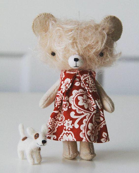 Mini & miniature #handmadeteddy #handmadebears #miniteddy #myteddy #mohairbear #manomine