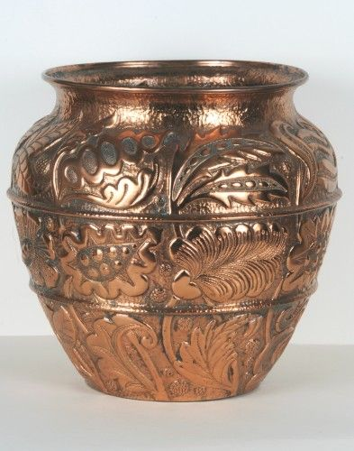 Vase (1892) John Pearson Source: http://goo.gl/Abdbw6