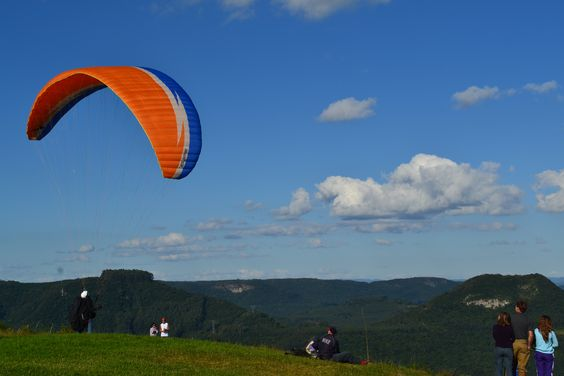 Rampa de voo livre do Morro do Diabo em São Vendelino - RS.