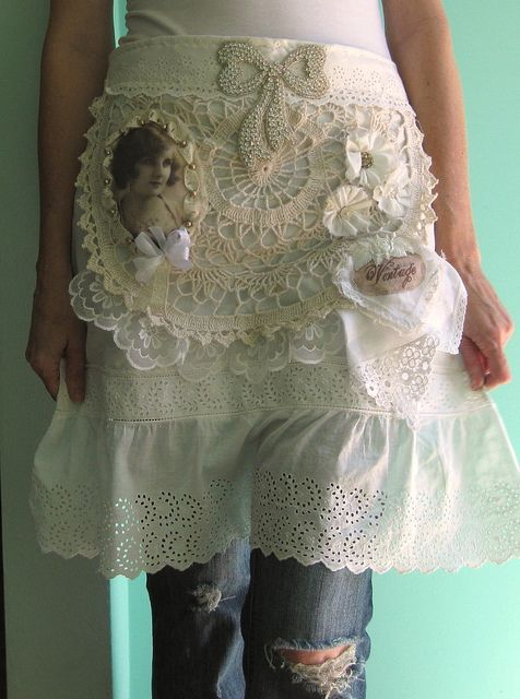 Shabby Chic Art Apron  Would love to make something just like that most likely without the photo, love the vintage feel and the lace :)