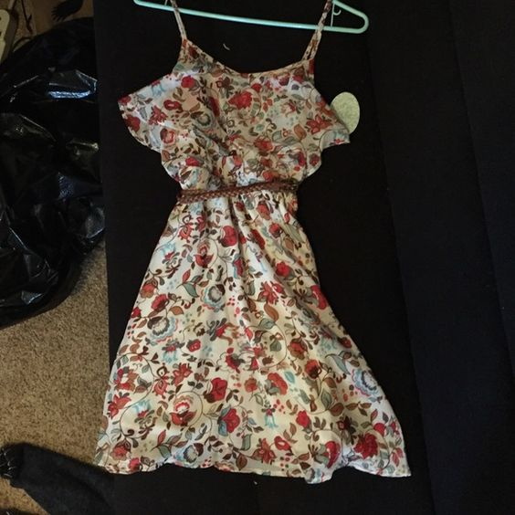 Country sun dress NEVER WORN small dress bought for a music festival that I decided not to wear. originally $21.99, selling for $20 OBO Dresses Mini