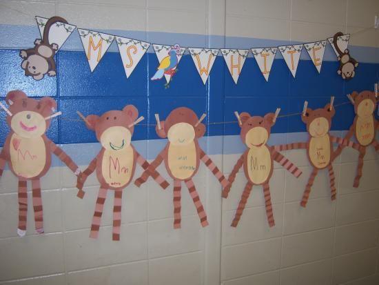 Kinder Garden: Ca-uuute Monkeys!