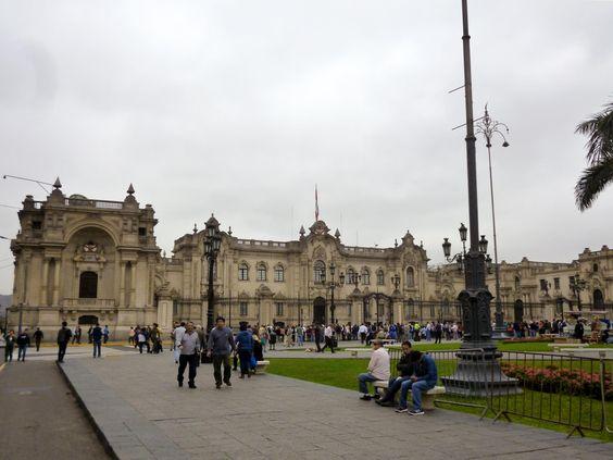 Palacio de Gobierno Jiron in the plaza de armas