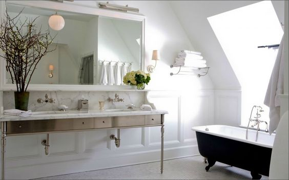 VT Interiors - Library of Inspirational Images: friday bathroom