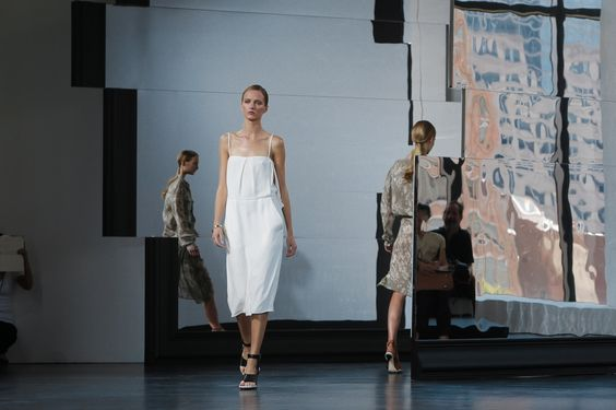 Slideshow: The Atmosphere at Jason Wu Spring 2015 - Gallery Slide 1