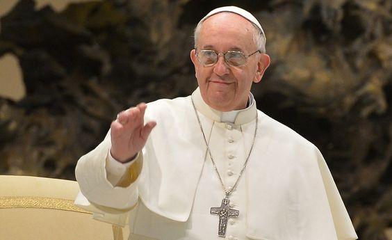 """""""Dentro de cada cristão existe um judeu"""", defende papa Francisco"""