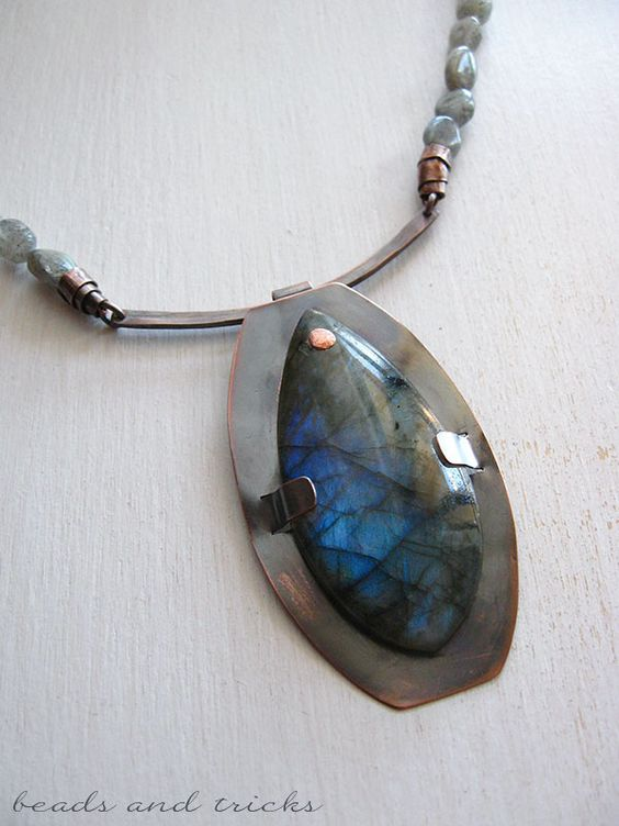 Copper and labradorite necklace | Handmade by Beads and Tricks